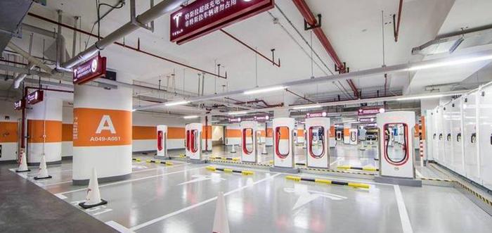 特斯拉亚洲地区最大充电站将在香港启用