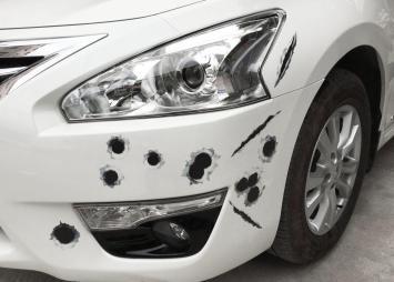 维修保养 如何处理电动车身上的轻度划痕