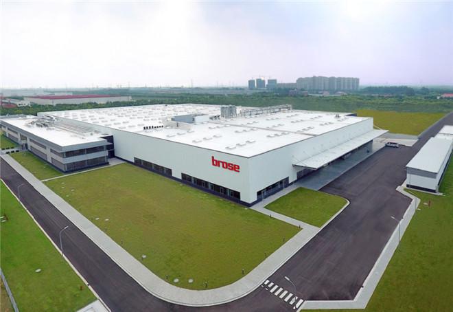 大多数外企公司并不会考虑放弃中国这个世界大工厂