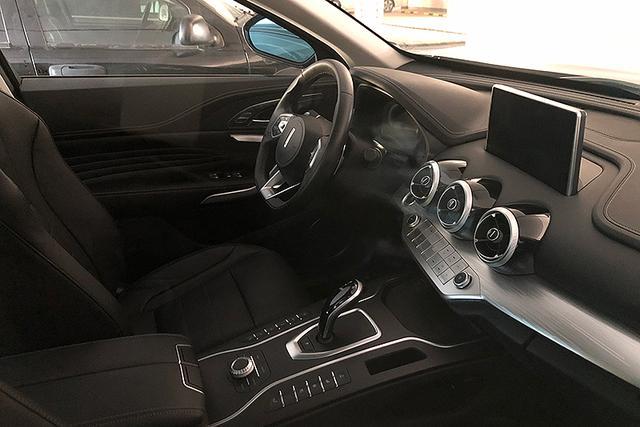 换装电子挡杆 新款WEY VV7将于1月8日上市